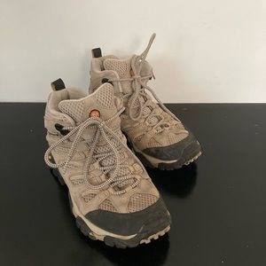 Merrell Moab Ventilator Mid Taupe Hiking Boots